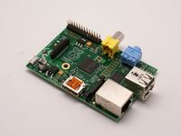 Raspberry Pi rev 2 Model B 512MB (made in the UK)-cover